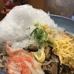 阪急そば若菜 - かき氷がドーン!(笑)