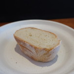コモ バール - 自家製パン