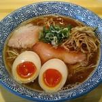 らぁ麺屋 はりねずみ - 料理写真:【醤油らぁ麺 + 味玉】¥750 + ¥100