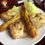 インド料理専門店 MUNA - 鶏肉とつくねみたいなヤツ(笑)