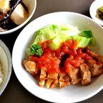 醍醐 - ランチタイム15時までは890円!お肉もお野菜もボリューム満点!人気のメニュー