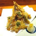 Daininguyoshi - 日替わりランチ 稚鮎の天麩羅 山菜尽し