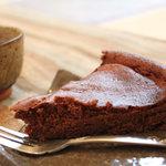 梵恩舎 - チョコレートケーキ(セットで550円)