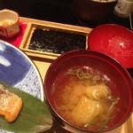 銀座米料亭 八代目儀兵衛 - 味付け海苔、お味噌汁