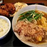 71121317 - あんかけカレーうどん 唐揚げとご飯のセット ¥1069