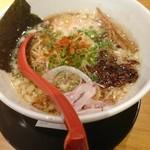 麺屋 燕 - 燕黒らーめん800円
