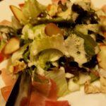 Ura-keisyu - ゆふいん産スモークチーズと生ハムのシーザーサラダ
