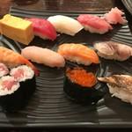 朝日寿司 総本店 - ランチにぎり