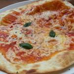 イタリアンバルパステル - マルゲリータ490円