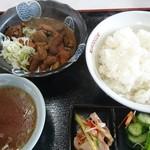 市川飯店 - 料理写真: