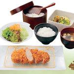とんかつ浜勝 - 料理写真:国産ハーブ豚のロースかつ膳