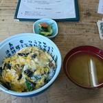 71131636 - さざえ丼(きゅうりの浅漬け付き)+めかぶ汁