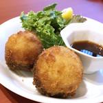 『千住の海老料理専門店』Shrimp Dining EBIZO 北千住 - 椎茸と海老のすり身(税別1個240円)