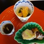 東京 芝 とうふ屋うかい - 蛤飯蒸し 蛸柔らか煮 もずく酢 赤貝酢味噌和え