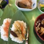 妙高山麓直売センター とまと  - 笹寿司