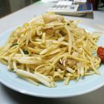 71139708 - 肉糸炒麺(焼そば) 750円