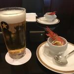 71139835 - 生ビールと前菜