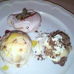トラットリア シチリアーナ・ドンチッチョ - デザート(いちごのティラミス、セミフレッド、ズッパイングレーゼ)