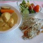 ラ・セール - 日替りランチ(サヨリの香草パン粉焼き、鶏肉のカレークリーム煮)