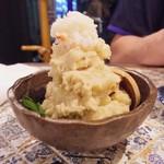 とろわる - カニ味噌ポテサラ
