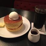 フライング・スコッツマン - アイスコーヒーとセットにして、優雅な朝食でした。