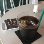 ビースティ コーヒー クラブ トウキョウ - アイスコーヒー