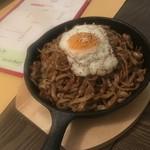 鉄板焼き・526 - 焼きそば+麺増