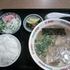 博多ラーメン うまか亭 - 料理写真:ラーメンライス \600