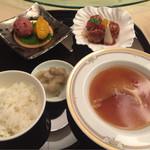 楼蘭 - ふかひれ姿煮御膳 4300円
