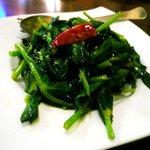台南担仔麺 - 豆苗