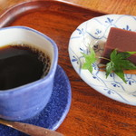 真古館 - 水ようかんとコーヒーのセット