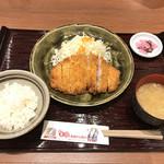 名古屋名物 みそかつ 矢場とん - ロースとんかつ(1,100円※税込1,188円)
