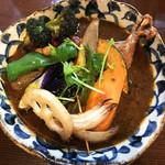 スープカレー ポニピリカ - フィッシュフライと野菜のカレー