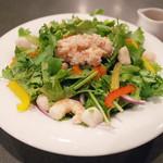 タイランド - パクチーグリーンサラダ(800円・外税)