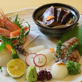 【旬食材と旨い酒】季節のディナーコースに舌鼓――。