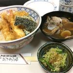天錦 - 浅利の味噌汁…タップリの浅利です。 1000円は安いです。