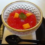 正月屋吉兆 - 杏仁豆腐 スイカのジュレ
