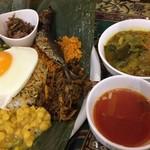 セイロンカリー - 本日のアンブラプレート、サンバル、トマトスープ添え