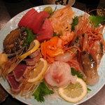 粋心亭 - 当店自慢の刺身! 旬かつ新鮮な魚介を存分にご堪能ください!