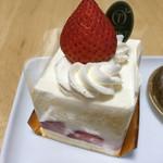 新宿高野 - ストロベリーショートケーキのUP! ('17/08/07)