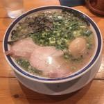 田中商店 - ねぎらーめん 味玉トッピング  ありがとうノリが少しだけ残念だが、美味しい