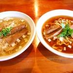 夜須製麺所 - 料理写真:左:土佐の鴨塩らぁめん   右:土佐の鴨醤油らぁめん