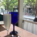 71175470 - スパークリングワイン