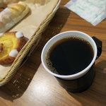 セ・トレボン - ホットコーヒーは150円。