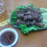 7118056 - 生ビールと牛バラ串焼き&タレ(ナムチム)の絶妙な組み合わせ