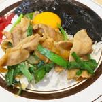 キッチンABC - オリエンタルライス&黒カレー+カニクリームコロッケ4