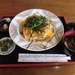 やまぼうし - 菜の花の乗ったちらし寿司