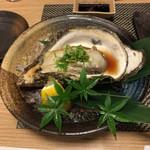 丸亀 - 岩牡蠣