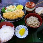 蕎麦処 瑠瞳 - とんかつセット
