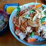 たっちん屋 - 料理写真:焼肉スタミナ丼